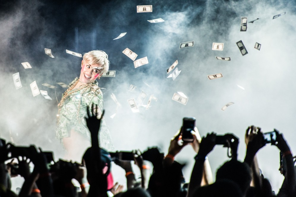 Miley Cyrus, Stadthalle, Vienna, Austria, gig-photographer, music photographer