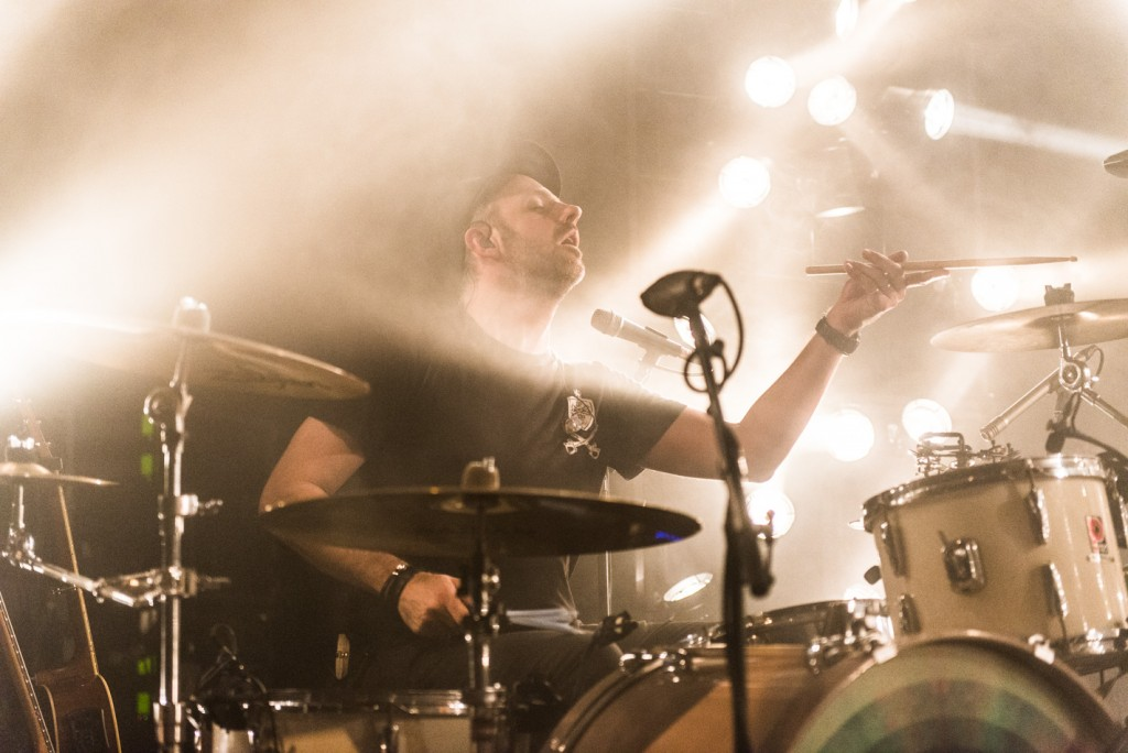 Fink, Concert Photo, Vienna, Austria, 2014: Tom Thornton playing drums