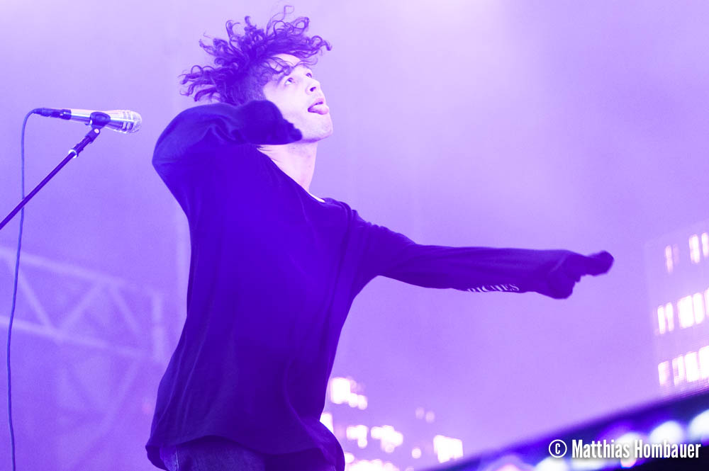"Matthew ""Matty"" Healy of The 1975 in concert on 1 July 2017 at the Arena Vienna"